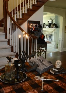 Our entrance Foyer .... frightfully beckoning